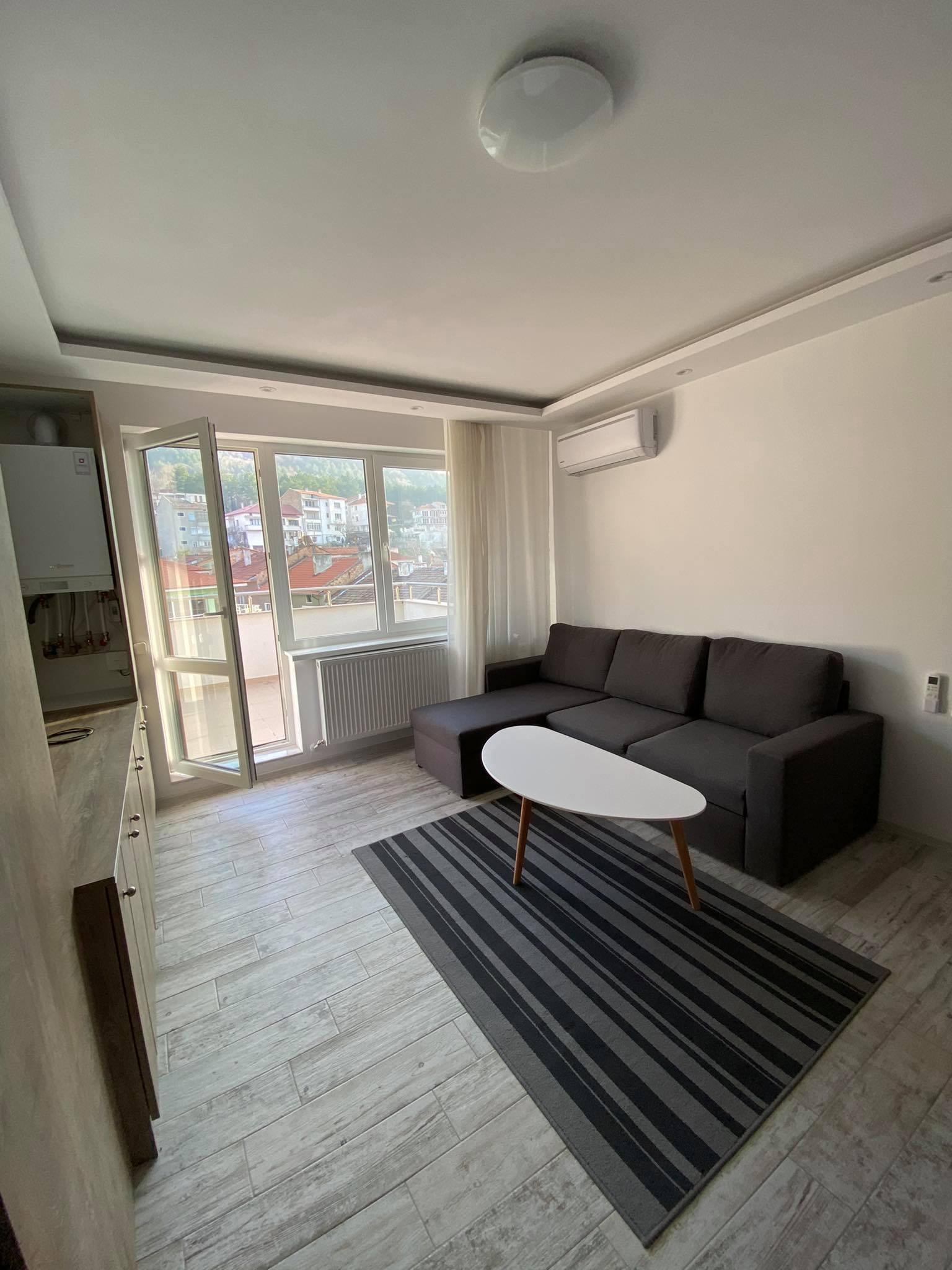 Тристаен апартамент - Жорж махала , 90 000 евро