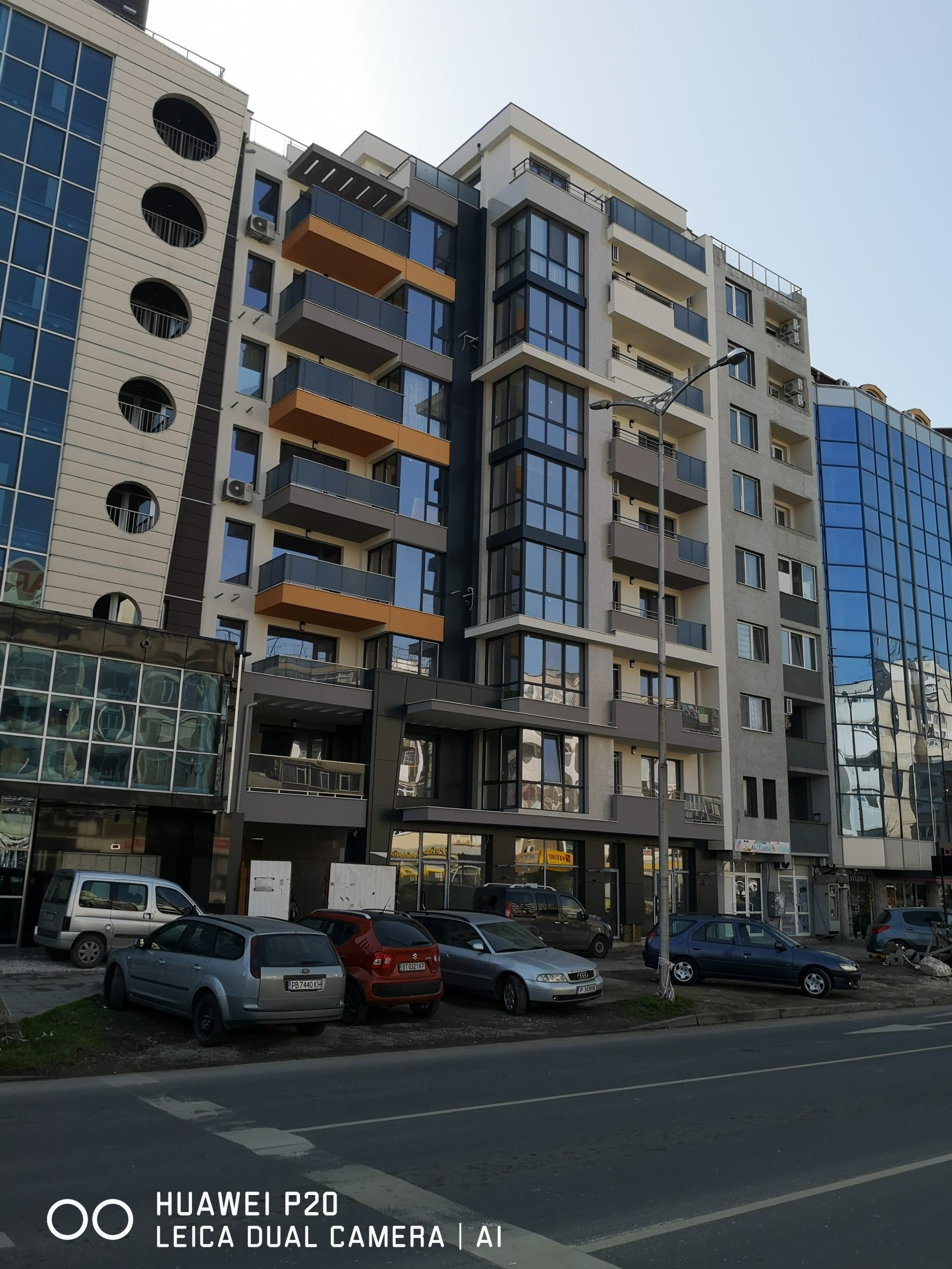 Двустаен обзаведен - гр. Пловдив до Панаира