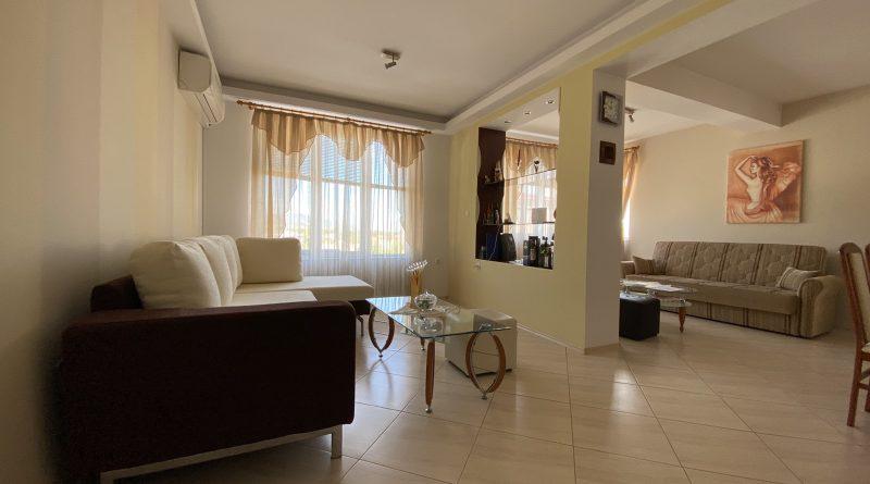 Напълно обзаведен и оборудван апартамент + мансарда и гараж- Баба Тонка , 135 000 евро